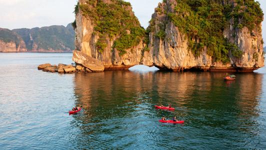 Halong – Lan Ha Bay Day Trip