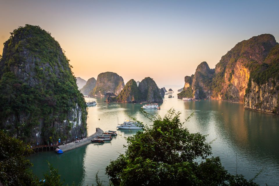Five reasons to choose Mon Chéri Cruises for your trip to Halong Bay
