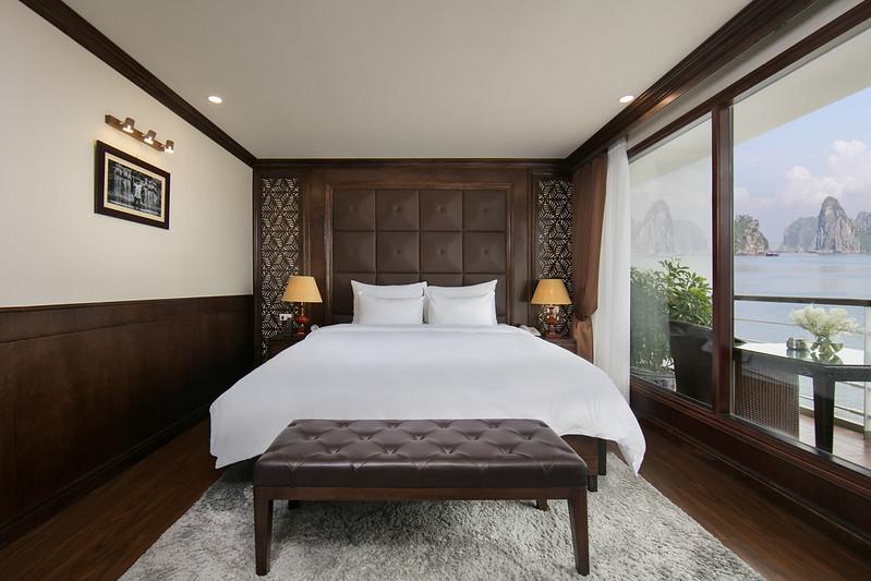 Elegance Suite Balcony Triple